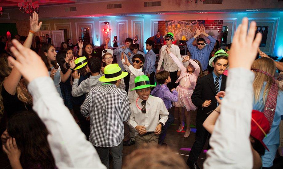 Full dance floor 1 1